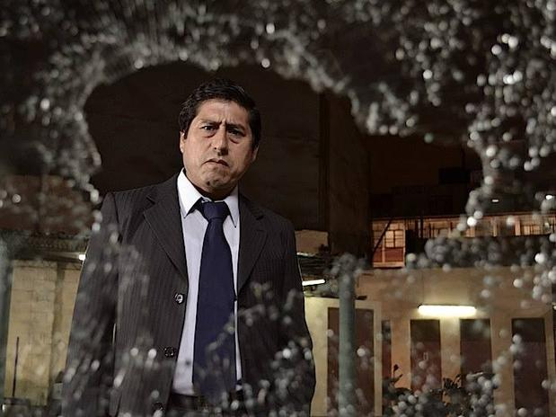 Fernanco Bacilio en su papel del juez Constantino Zegarra