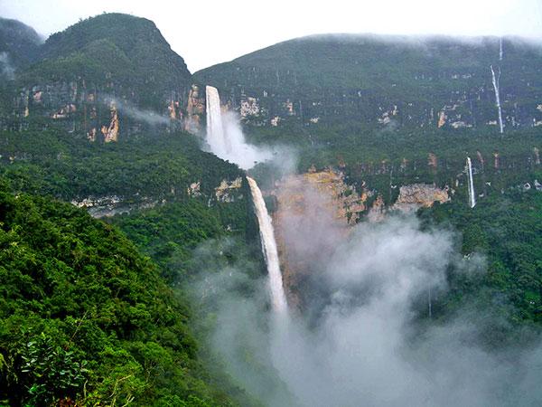 La hermosa catarata Gocta también es conocida como la Chorrera