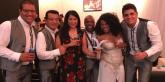Los integrantes de Afrocandela muestras orgullosos la Gaviota de Plata obtenina en Viña del Mar 2017