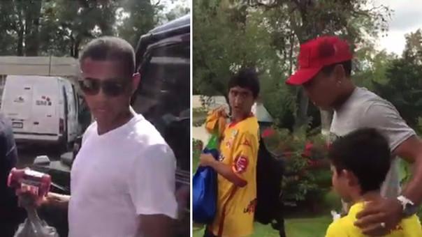 Ruidíaz y Andy Polo llegando a entregar su donativo para los damnificados por terremoto en México