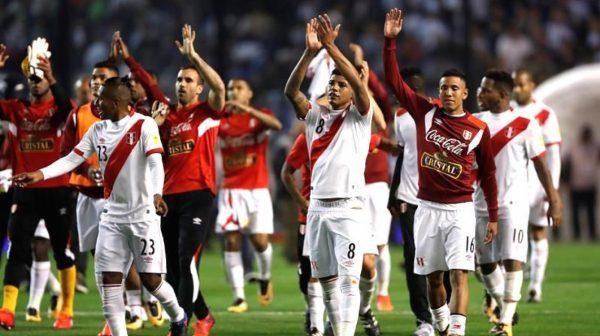 Perú celebra, el equipo argentino y todas sus estrellas no pudo con la garra y corazón de la blanquirroja